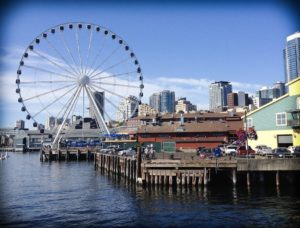 The Seattle Great Wheel and the waterfront, one of the many activities in Seattle