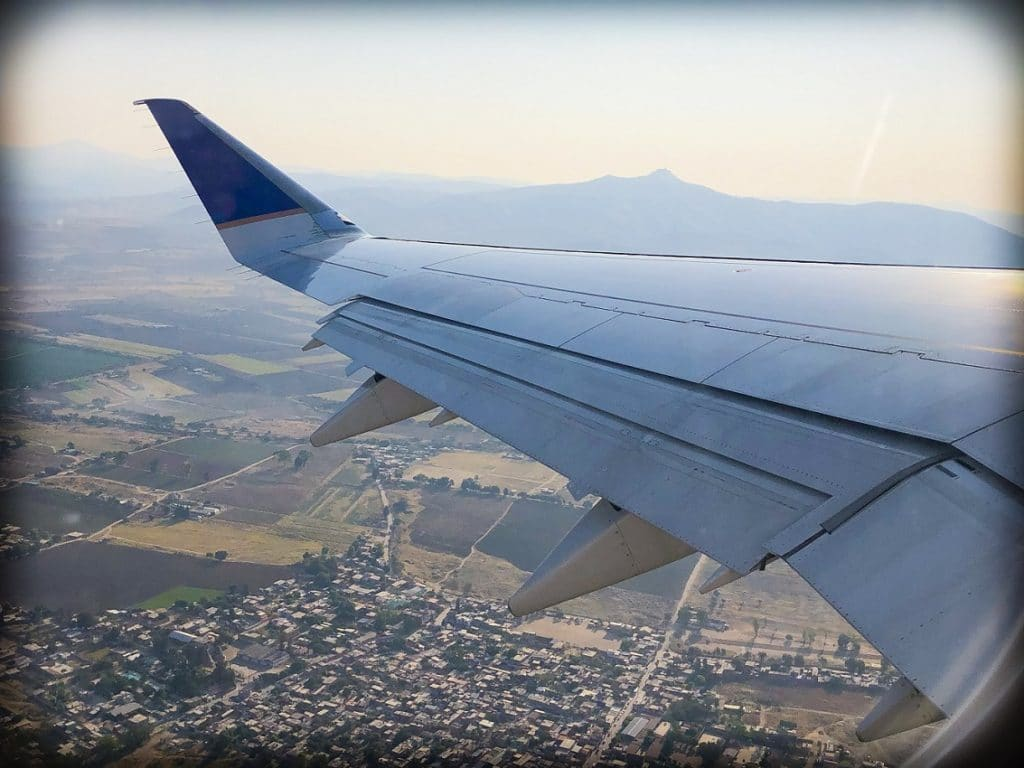 Fasting while traveling on a plane